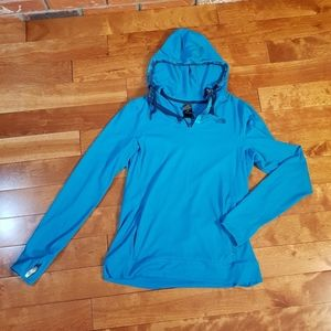 The North Face Women's long Sleeve Hoodie